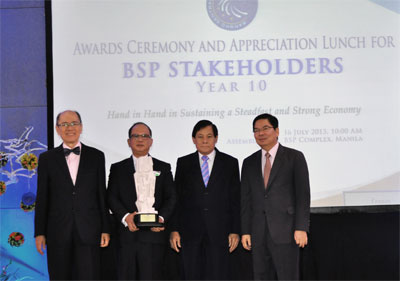 BSP Awards PNB as Top Commercial Bank in Generating Remittances from Overseas Filipinos